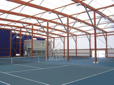 Architecture textile utilisé pour la construction d\'un tennis couvert
