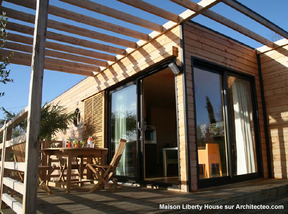 liberty house construction d 39 une maison modulaire. Black Bedroom Furniture Sets. Home Design Ideas