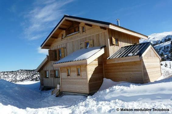 Une maison bois modulaire ET transportable ! # Maison Transportable En Bois