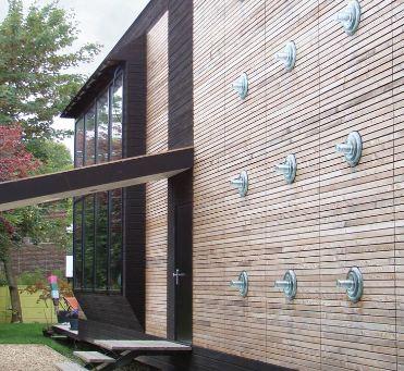 Maison contemporaine bois la maison d for Maison prefabriquee bois
