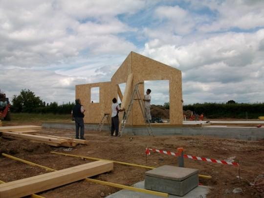 Maison bois bbc maison ossature bois basse consommation bbc for Assurance chantier construction maison