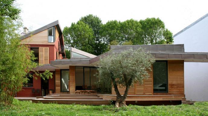 Très → Extension en bois et surélévation d'une maison ancienne WO59
