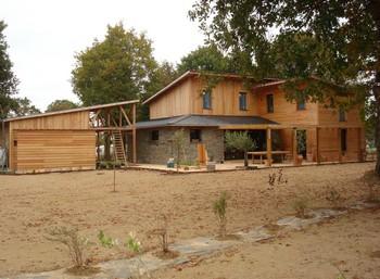 Maison en bois ille et vilaine 35 bretagne for Maison bois sur plots