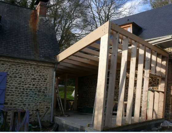 Prix construction maison bois vaucluse devis chantier for Extension etage ossature bois