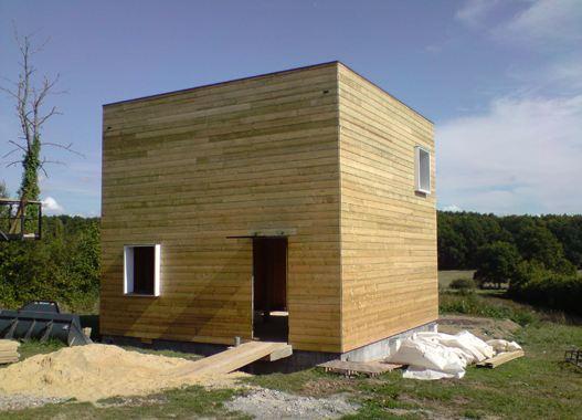 petite maison en bois pas chere  maison en cube à petit prix