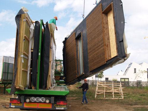 Arrivée des panneaux bois sur le chantier