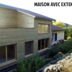 L'extension transforme le style de la maison, une belle touche contemporaine et sobre