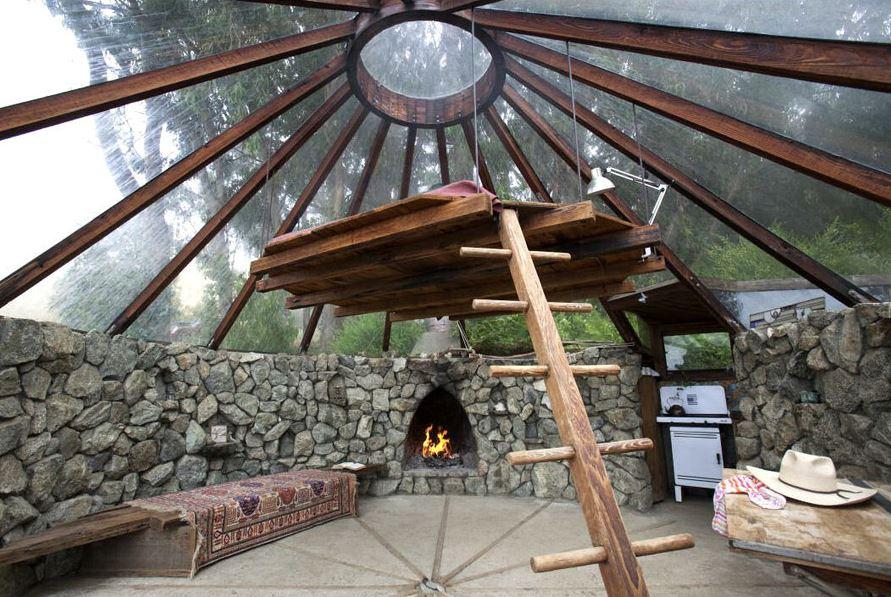 Un observatoire maison de loisir au toit de verre for Maison toit en verre